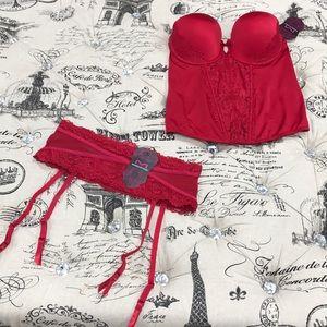 Maidenform Intimates & Sleepwear - Maidenform Super Sexy Lace Push-Up Bustier MFB100
